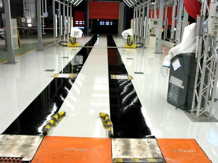 Esempio di un pavimento in resina realizzato per una fabbrica di automazioni