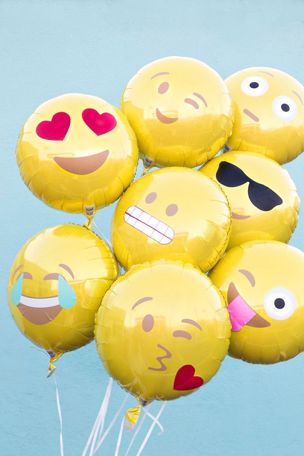 Create Emoji balloons using vinyl and yellow mylar balloons! So awesome!