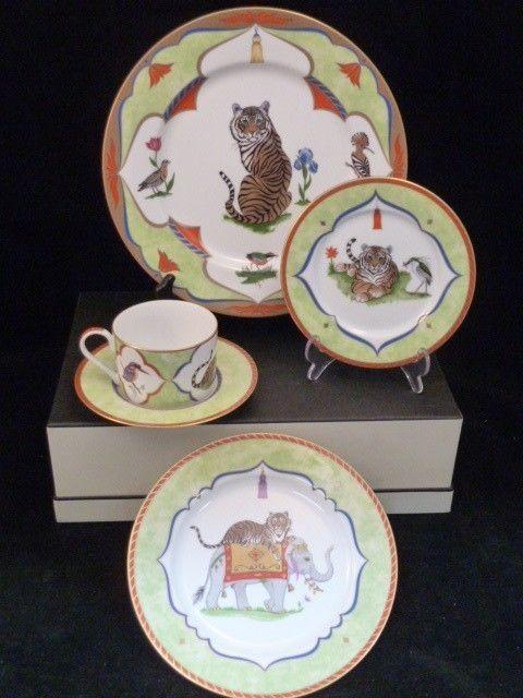 13 best lynn chase plates images on pinterest dishes dinnerware and porcelain. Black Bedroom Furniture Sets. Home Design Ideas