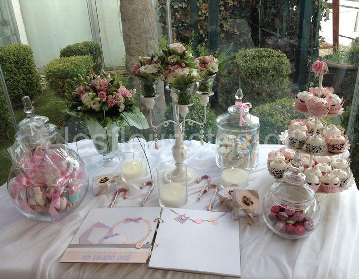 Ανθοστολισμός γάμου - βάφτισης στο Vive Mare #lesfleuristes #λουλούδια #ανθοσύνθεση #ανθοπωλείο #γλυφάδα #γάμος #βάφτιση #νύφη #δεξίωση