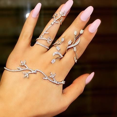 Flower Crystal Hand Palm Bracelet | Body Kandy Couture