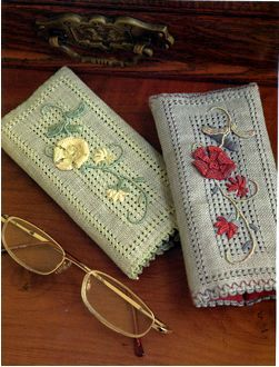 Casalguidi Embroidered Eyeglass Bags ~ from 'Embroidery Techniques Using Space-Dyed Threads' by Via Laurie (Search Press)