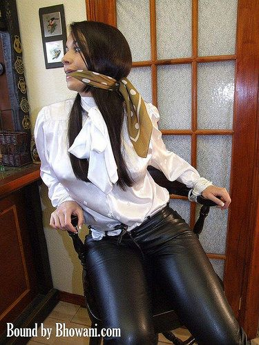 Bondage gagged silk tying up