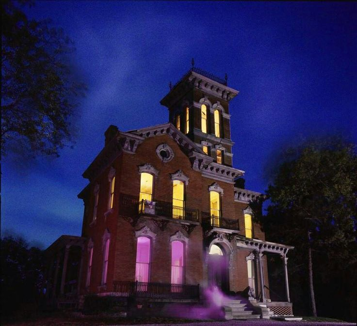Haunted Sauer Castle Kansas City