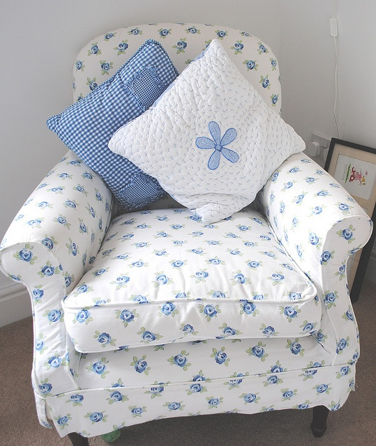 Laura Ashley Blue Chair by Mimi and Bo, via Flickr This has to be in my new dreamhouse!