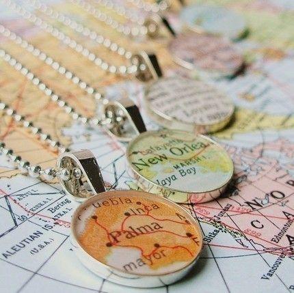 Cute necklace: Maps Necklaces, Maps Crafts, Vintage Maps, World Maps, Sterling Silver, Crafts Idea, Charms Bracelets, Gifts Idea, Maps Pendants