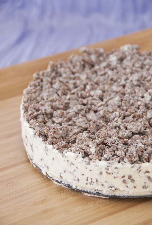 Cocoa Pebbles Ice Cream Cake   Wishes and Dishes