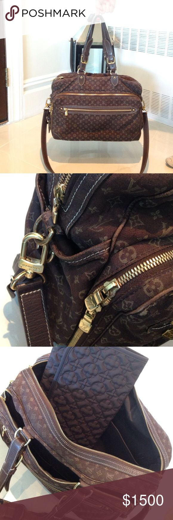 Louis Vuitton Diaper Bag Louis Vuitton Diaper bag. Great condition . Just came back from cleaners.. Comes with diaper bad.. Bottom very little ware and handles very little ware.. It really is a gorgeous bag ..it has the shoulder strap as well.. Louis Vuitton Bags Baby Bags