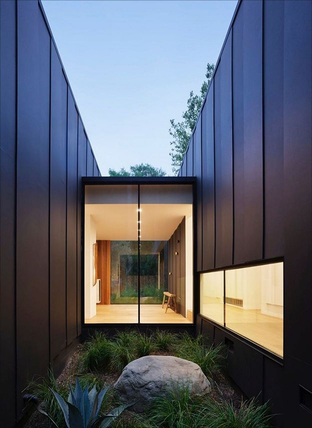 Gallery Of Contemporary Architecture House Laurel Hills Residence Is Designed By Assembledge In 2020 Architecture Contemporary Architecture House Architecture House