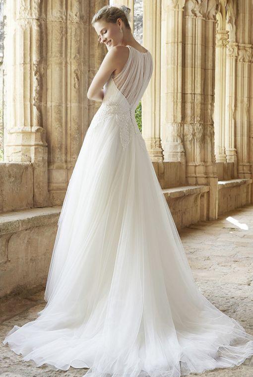 Editor's Pick: Raimon Bundo Wedding Dresses - MODwedding