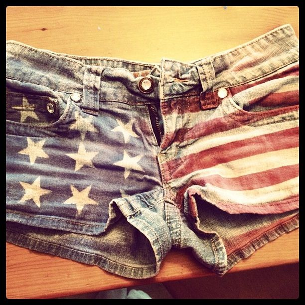 @Wendy Felts Felts Felts Edmondson we need to do this soon!!! DIY flag shorts using fabric paint (or fabric spray paint), tape, and large star stickers!