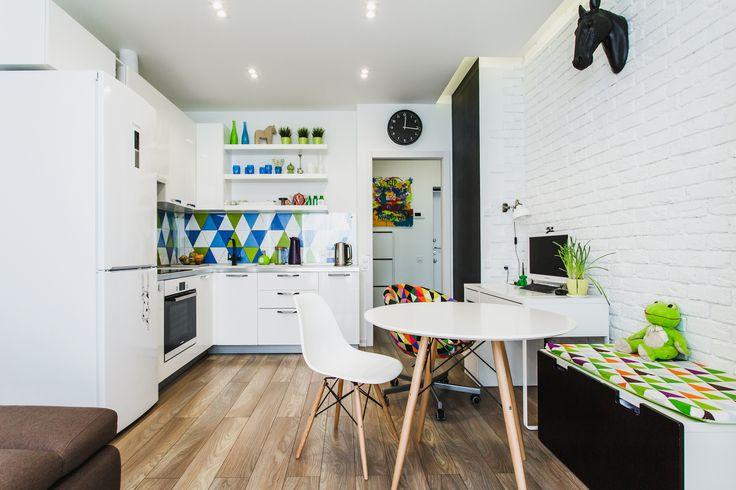Фотография:  в стиле , Классический, Квартира, Проект недели, Новая Москва, Мария Махмудова, однушка для семьи, кухня-гостиная в однушке – фото на InMyRoom.ru