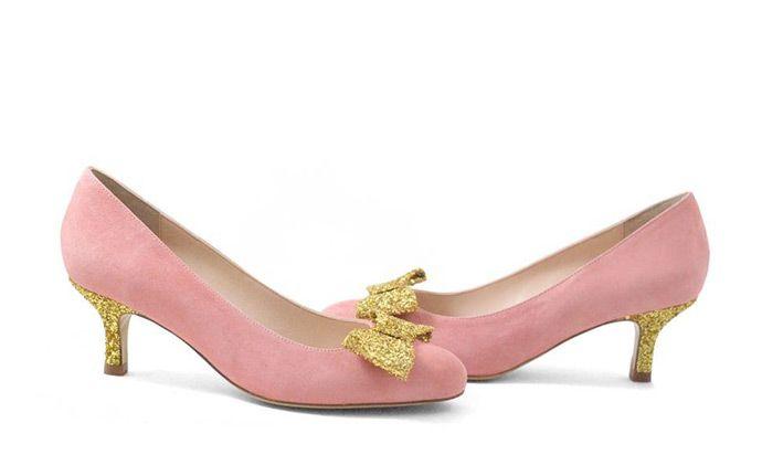 17 meilleures id es propos de chaussures de mariage en or sur pinterest chaussures or rose. Black Bedroom Furniture Sets. Home Design Ideas