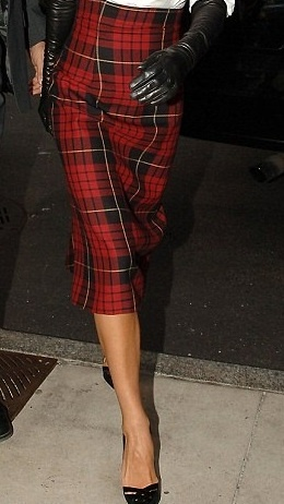 25  best ideas about Plaid pencil skirt on Pinterest | Women's ...