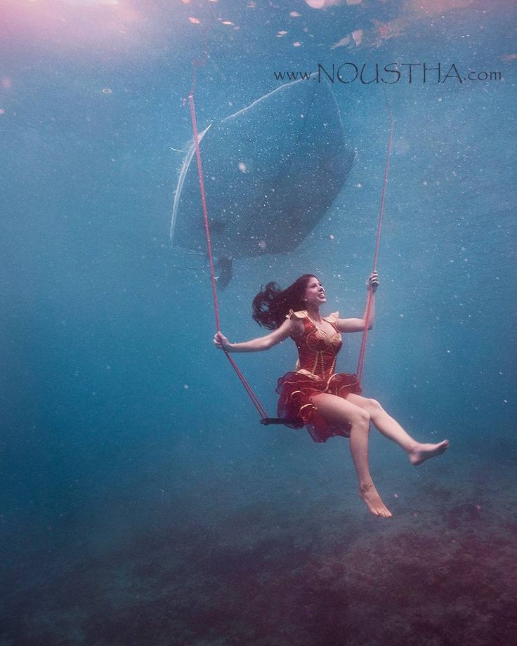 We are very much excited about our collaboration with the #underwater photographer Noustha Koeckhoven. Have a look at her Instagram feed @noustha.photography its pure beauty .#MissDragonCostume #underwaterphotography . . . .  #Funidelia #fundielia42999-0 #sea #ocean #underwaterphotoshoot #underwaterphotographer #waterart #deguisement #disfraz #fato #travestimento #costume #fancydress #kostium #kostým #kostüm #onderwaterfotografie #underwaterpics #underwaterphotography