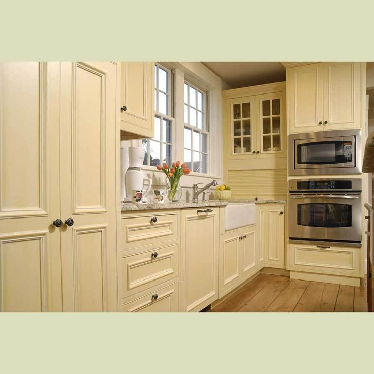 China Solid Wood Kitchen Cabinet China Cream Color Wood Cabinet Kitchen Cabinets Cream Maple Craftsmen Network
