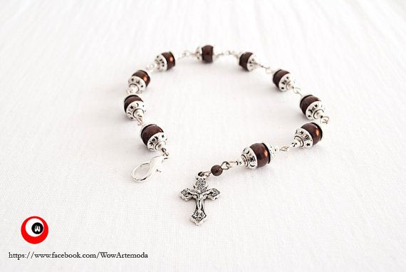 Little Rosary with Brown Pearls and small cups with di WoWArteModa, €7.90
