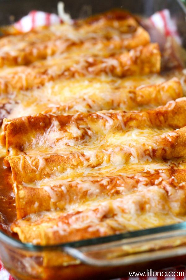 Delicious Restaurant-Style Red Cheese Enchiladas - easy and SO good!