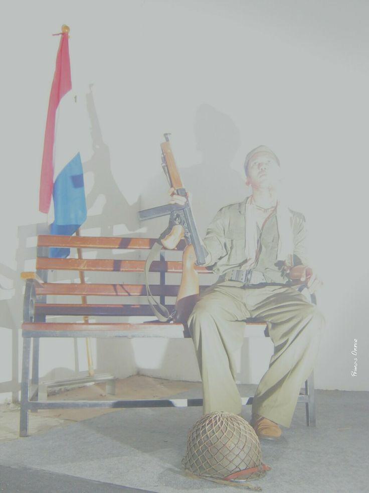 Koninklijk Nederlands-Indische Leger  /  Artist: Iman Firnansyah  /  Photographer: Onnie