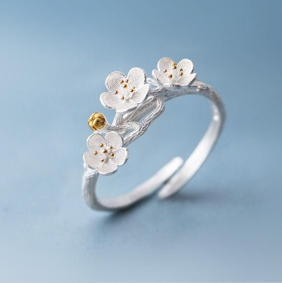 The cherry Blossom Beauty Ring