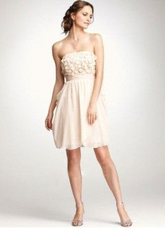 A-Line/Princess Strapless Short/Mini Chiffon Charmeuse Homecoming Dress With Ruffle