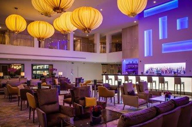 Hilton London Metropol - London : Ava archairs and sofas by CASADESUS