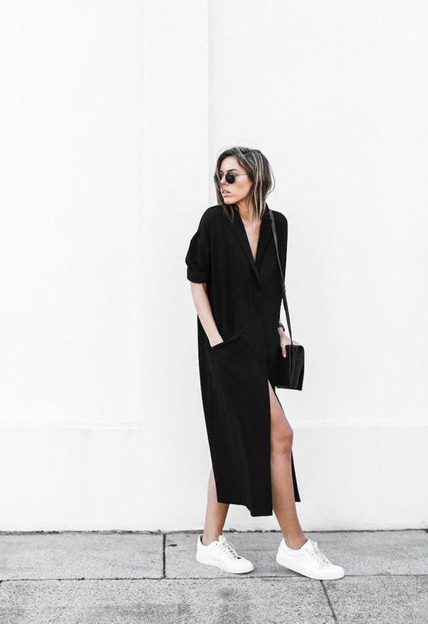 sneakers + robe noire