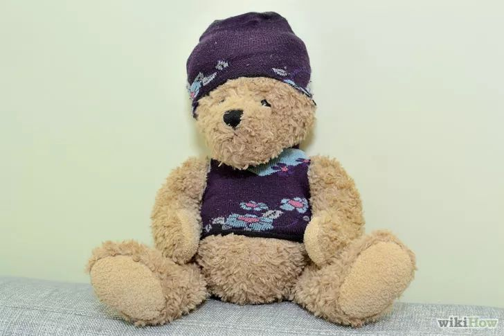 Imagen titulada Make Teddy Bears Clothes Step 22