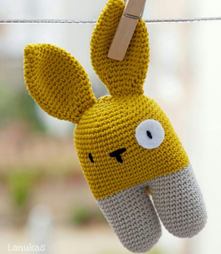 Amigurumi Örgü Oyuncak Modelleri – Amigurumi Minik Kolsuz Tavşan Modeli Yapılışı ( Anlatımlı ) – Örgü, Örgü Modelleri, Örgü Örnekleri, Derya Baykal Örgüleri