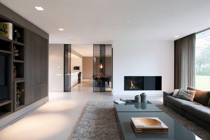 Villa gelderland: woonkamer door studio kap+berk, modern