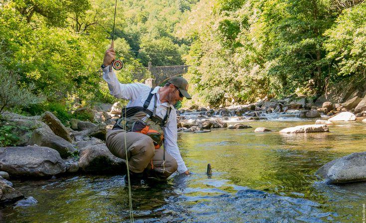 Viste le temperature africane, l'Alto Reno, a Molino del Pallone, ci sembrava una scelta giusta. Zona NK per pesca a mosca.