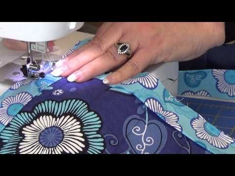 ▶ How to machine bind. No hand stitching! - YouTube Very good tutorials from Junction  Fabric!