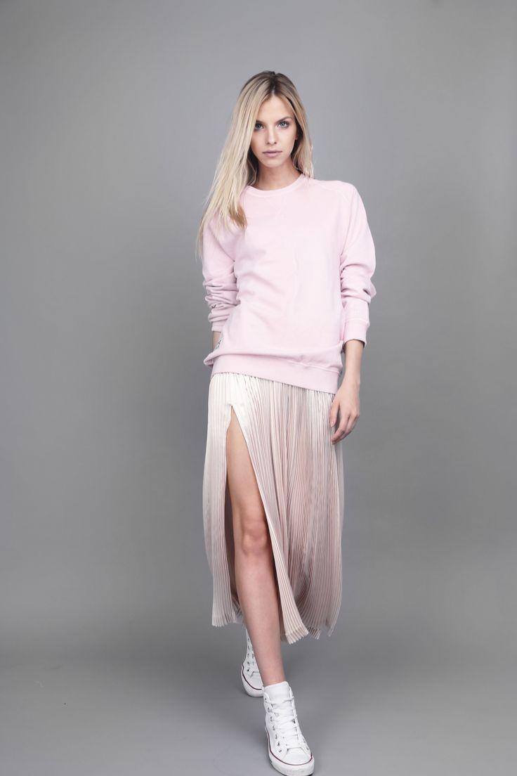 #OanaPop #fashionbrand #fashionstyle #fashioncatalog #fashionphotography #urbanstyle #details #pleatedskirt  Photo: Anca Cheregi Model: Cristina Oltean Mua: Ioana Malai