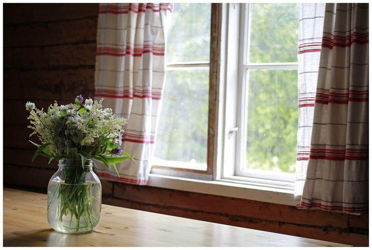 https://flic.kr/p/JnSgxy | Ikkuna puutarhaan / Window to the Garden
