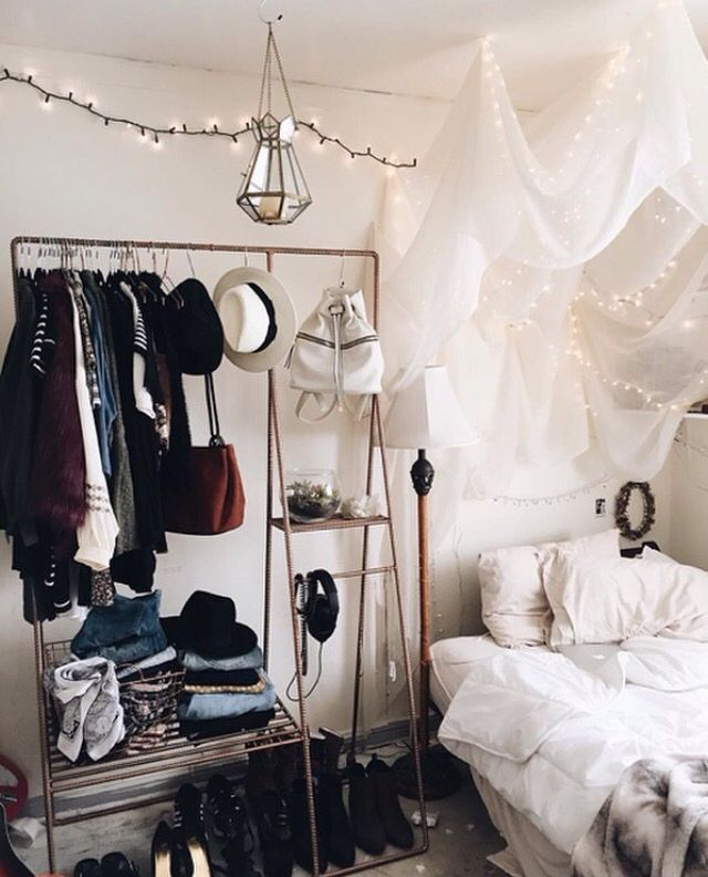bedroom / emily