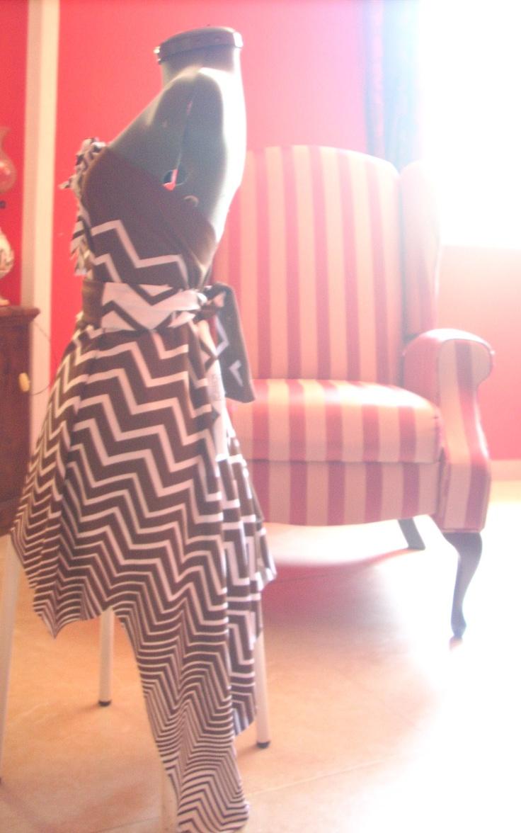 Shirt / dress with a waist belt and floral brooch, handmade