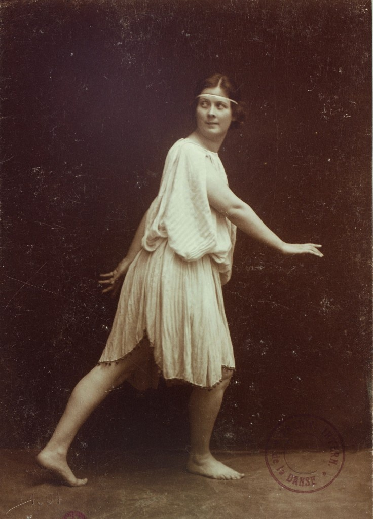 isadora duncan and modern dance drama essay Free essay: isadora duncan's new dance at the end of the 19th century, ballet  was the  however, to isadora duncan, ballet was the old order that needed to  be  her lovers and dramatic death by scarf, isadora duncan's new style of  dance.