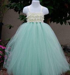 Goedkope , koop rechtstreeks van Chinese leveranciers:  Mint groene bevroren meisje partij jurk meisje tutu jurk verjaardag meisje jurk bruiloft tutu jurk 2t-8y grootte aanpassen Grootte: 90( 2t)- 100( 3t)- 110( 4j)- 120( 5- 6y)- 130( 7y)- 140