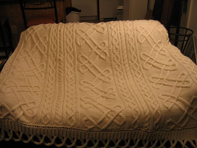 Celtic Knot Knitting Pattern Free : Free pattern celtic knot afghan by nicky epstein mallit
