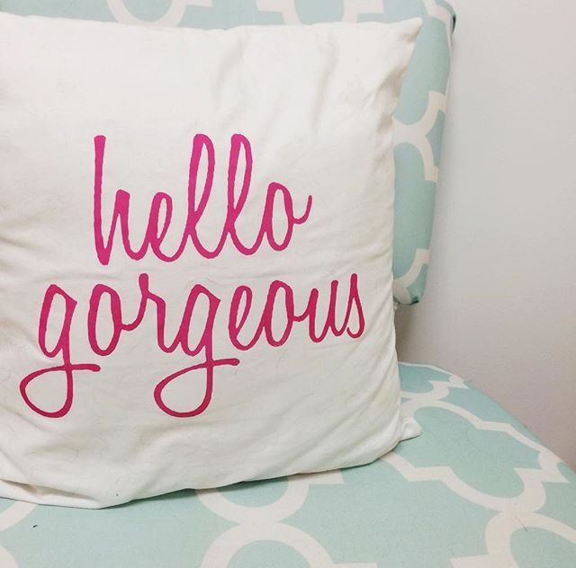 Cute pillow from Frill! My Dream House Pinterest Cute pillows, Pillows and Cases