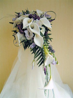 Contemporary Wedding Bouquets   Contemporary wedding flowers - wedding planning discussion forums