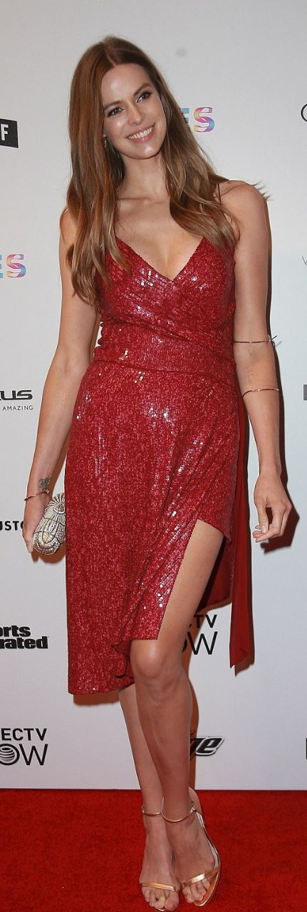 Who made Robyn Lawley's red sequin dress?