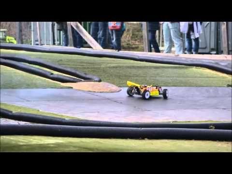 """Video vom """"Anglühen"""" 2013, einem bekannten RC Cars Autorennen aus NRW."""