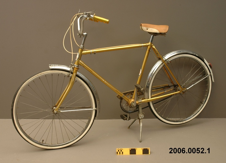 Bike more! 1967 'Imperial 700' CCM bicycle.