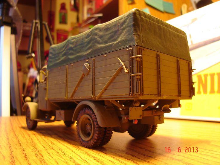 Maqueta camion Mercedes.
