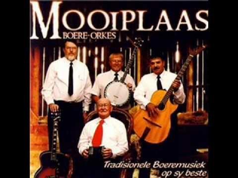 Mooiplaas Boere Orkes - Ver In Die Ou Kalahari