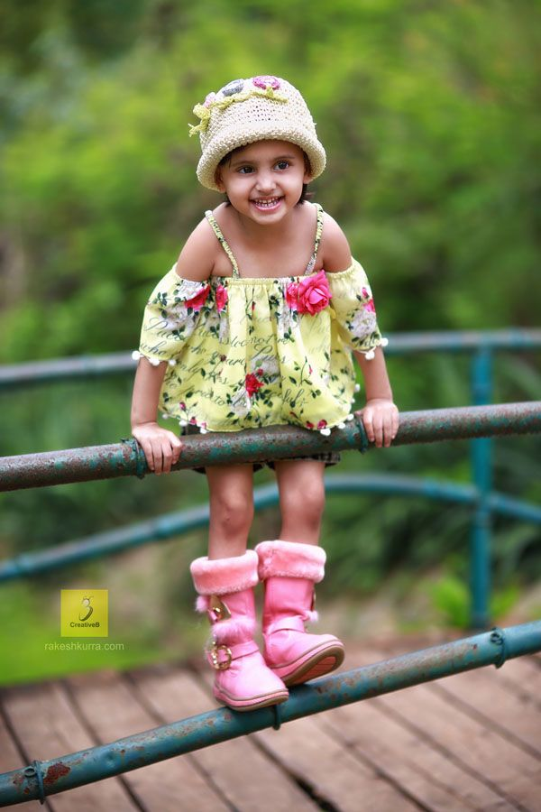 Baby photography of kid model zara fatima portfolio done by best kids phootgrapher rakesh kurra shot