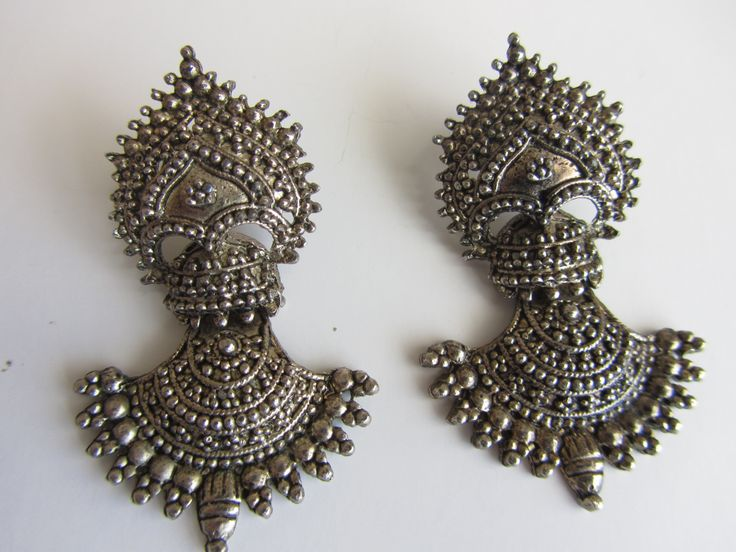 Vintage tribal striking silver Statement jhumka earrings from Rajasthan, India from Luxme Jewels. https://www.etsy.com/shop/ShopLuxmeJewels