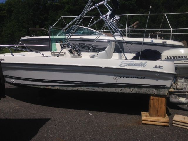 Ever thought of a SEASWIRL? well your in luck we have one in stock. Call us for further information on this great used boat 1-844-855-6789  or go to our website www.muskokaboatgallery.com