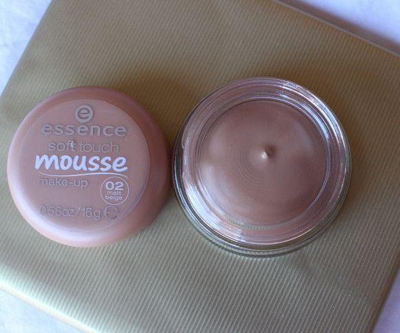 Essence Mousse Makeup review